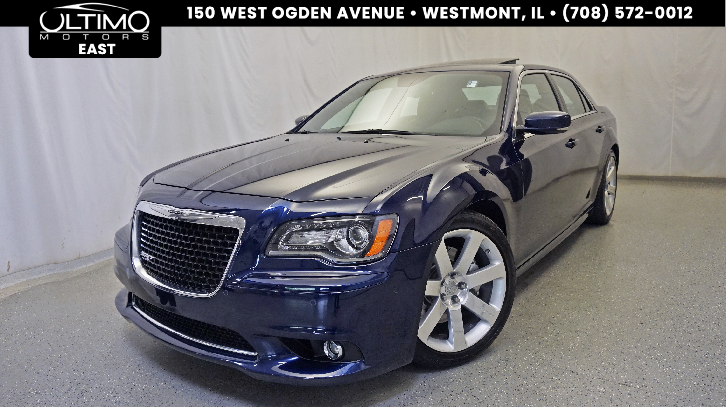pre owned 2014 chrysler 300 srt8 sedan in warrenville um3164