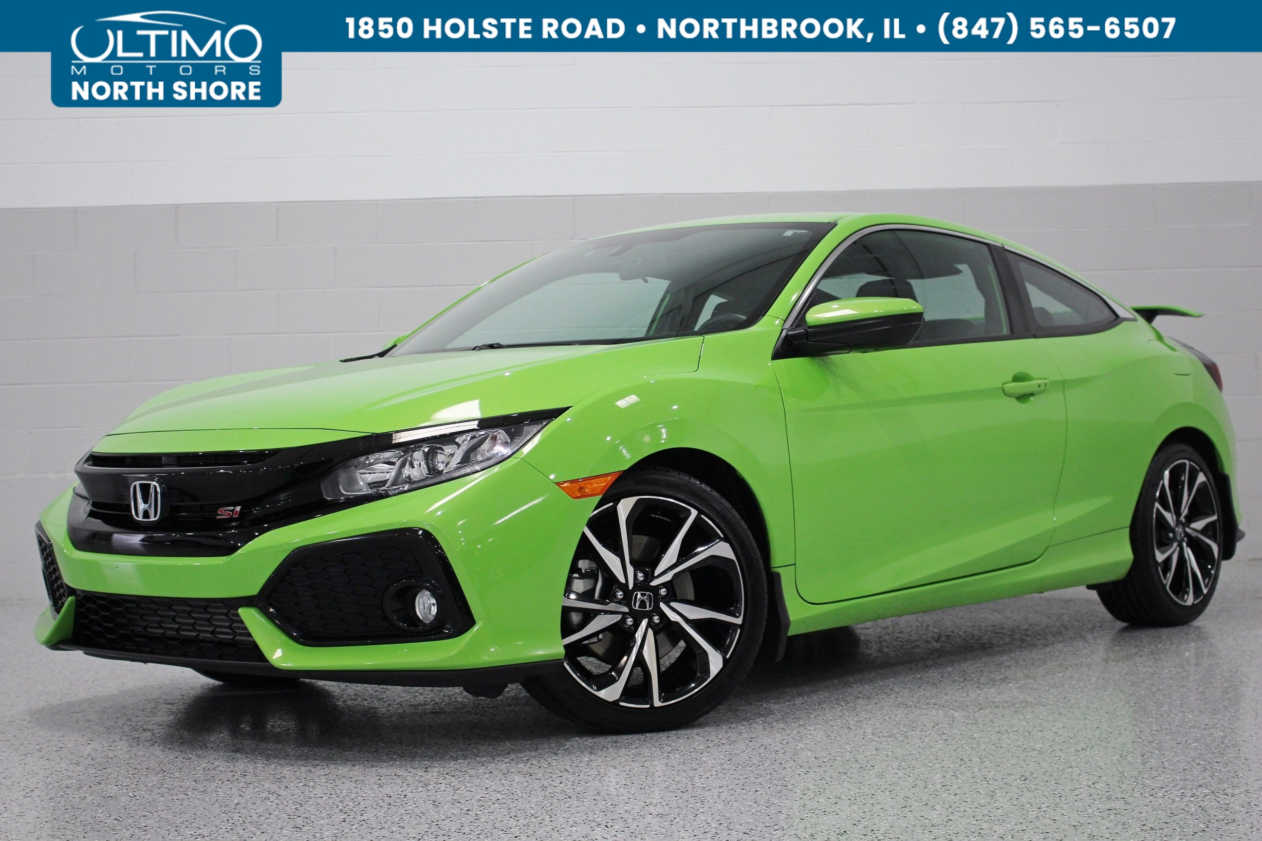 Pre-Owned 2018 Honda Civic Si Coupe Upgraded Exhaust, Sunroof, Rear Camera, Heated Seats.