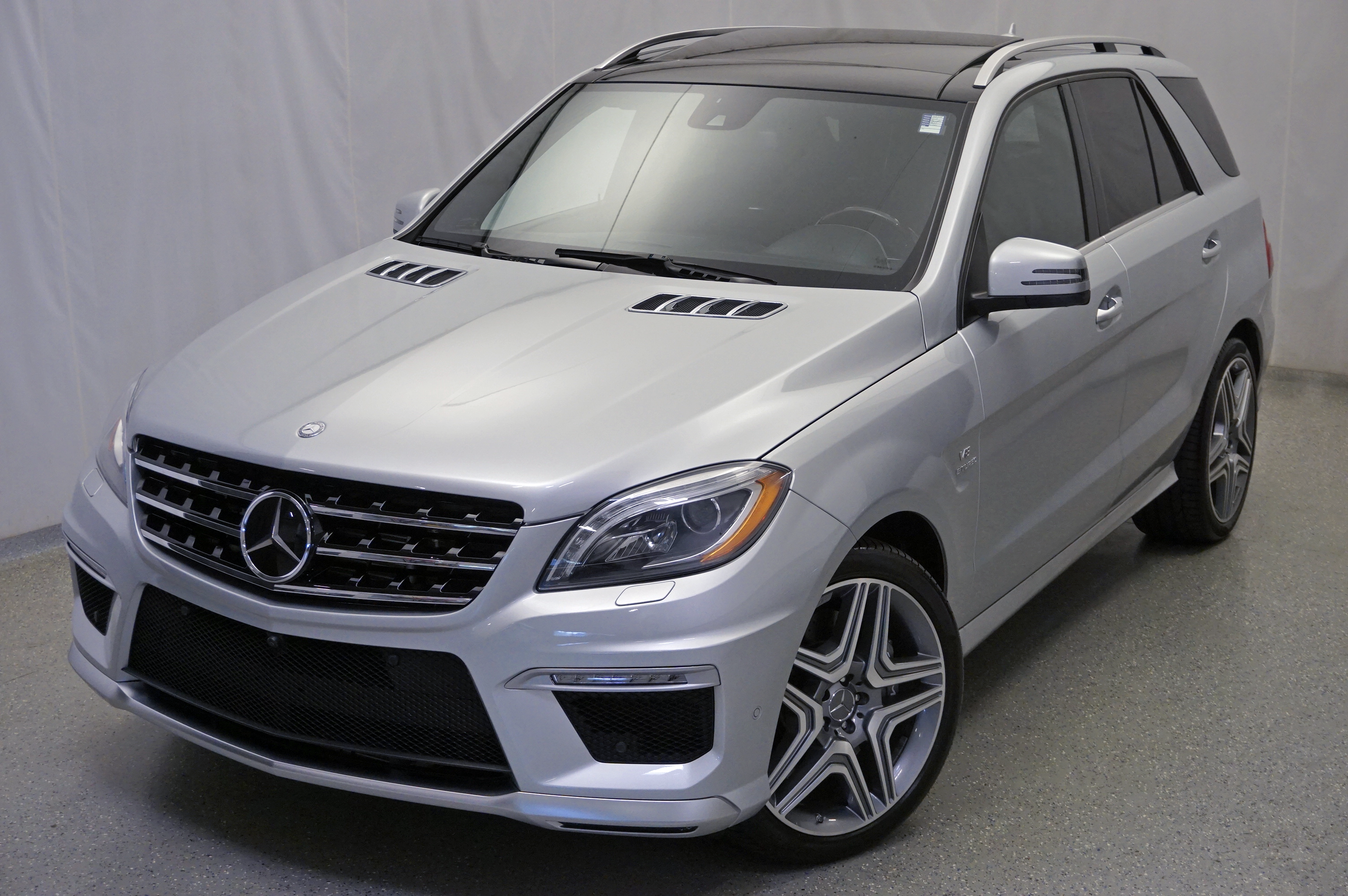 Pre Owned 2014 Mercedes Benz M Class ML 63 AMG® Driver Assistance