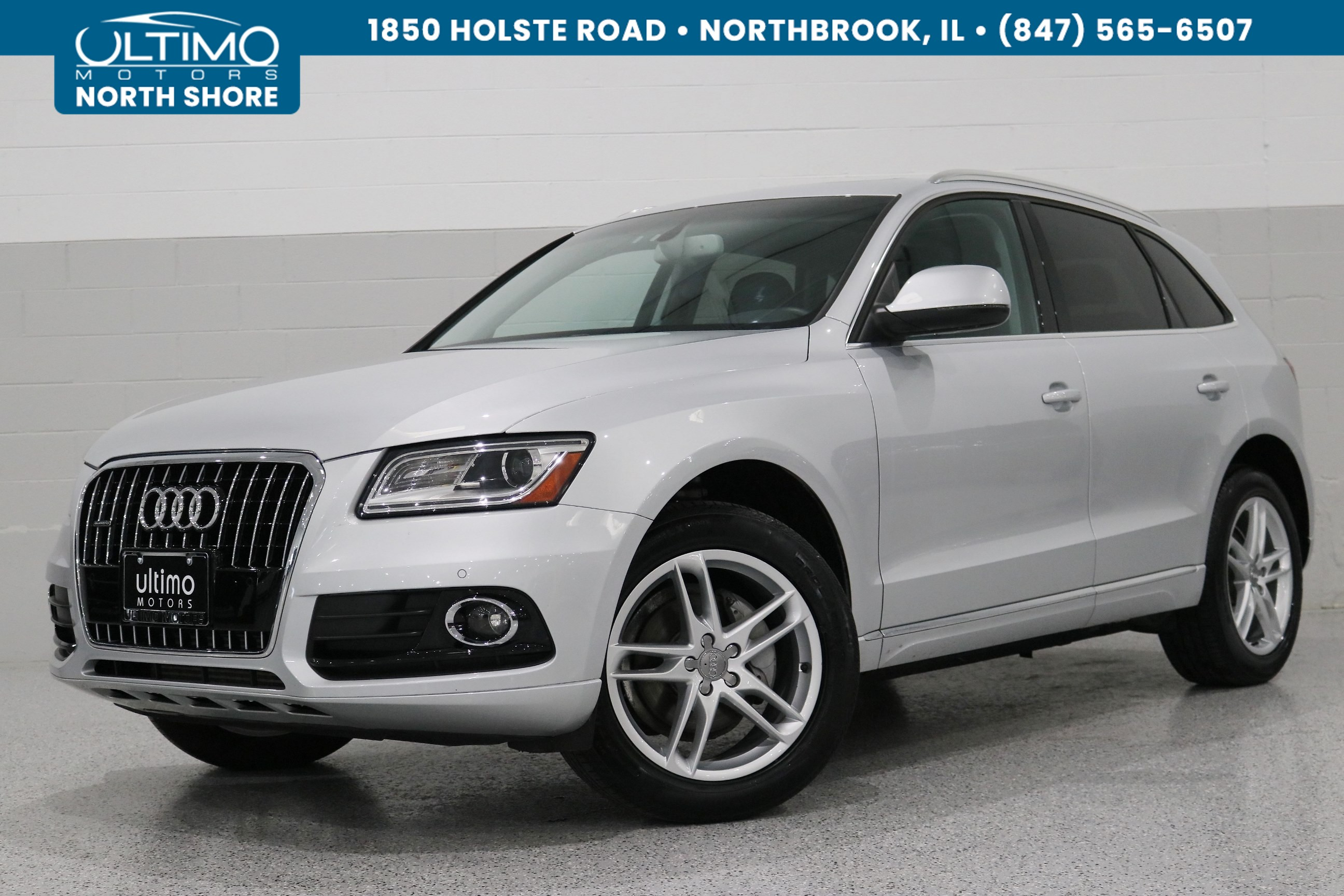 Pre-Owned 2013 Audi Q5 Premium Plus, Navigation Plus, 19 inch Wheels.
