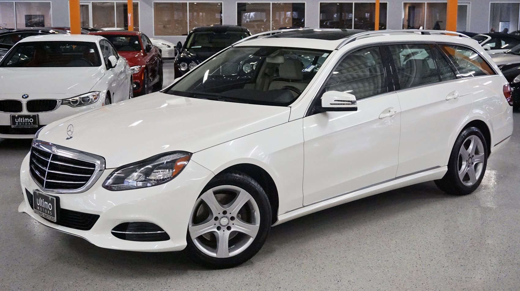 Pre-Owned 2014 Mercedes-Benz E-Class E 350 Luxury, Premium package, Lane tracking, 7 Seater