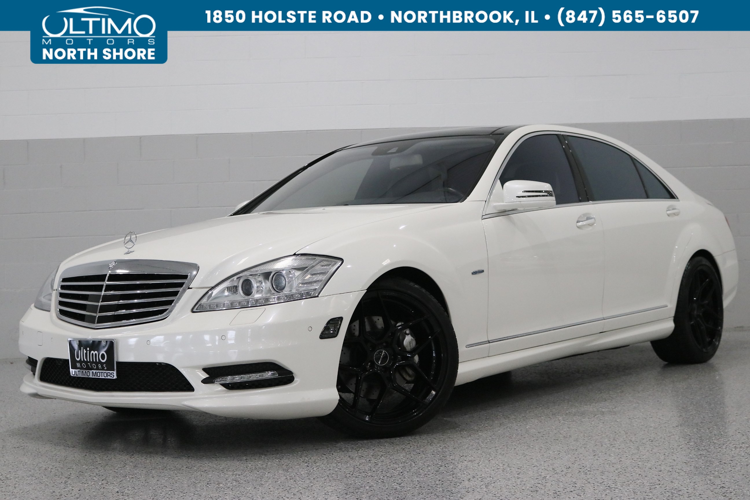 Pre-Owned 2012 Mercedes-Benz S-Class S 550, Sport, Pano Roof. Upgraded Wheels.