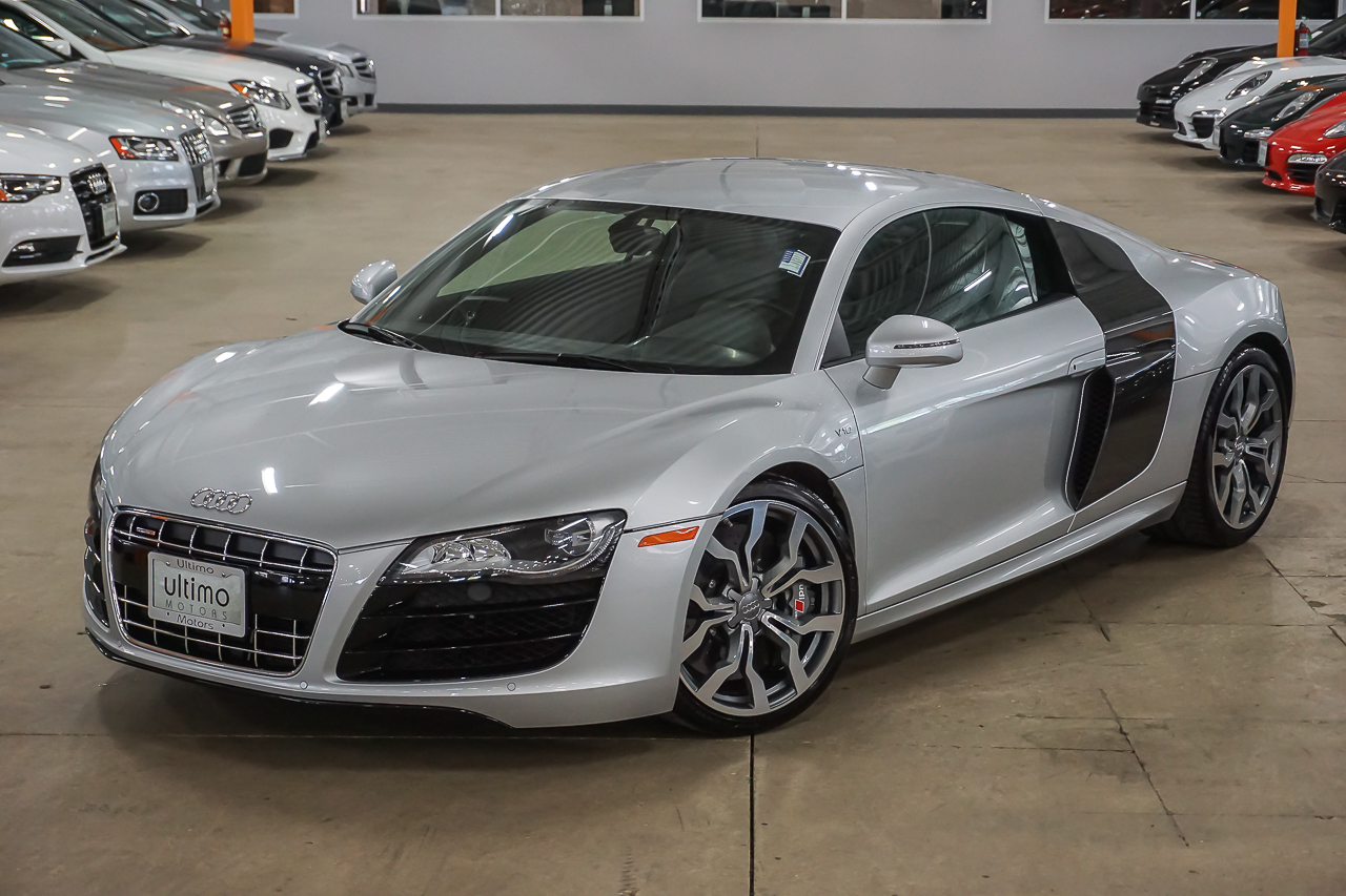 Pre Owned 2011 Audi R8 5 2l Coupe In Warrenville U2008